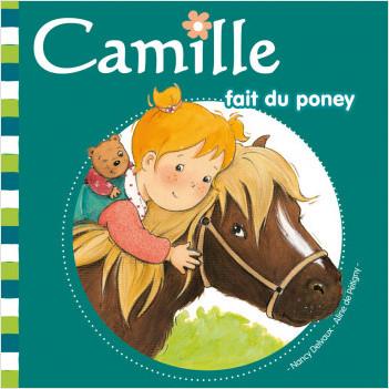 Camille fait du poney T18